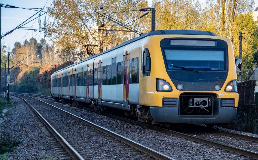 Renfe y Comboios de Portugal recuperan dos trenes Celta entre Vigo y Porto