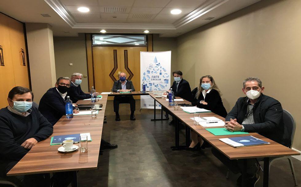 Las empresas gallegas de envasado de agua mineral apuestan por la sostenibilidad