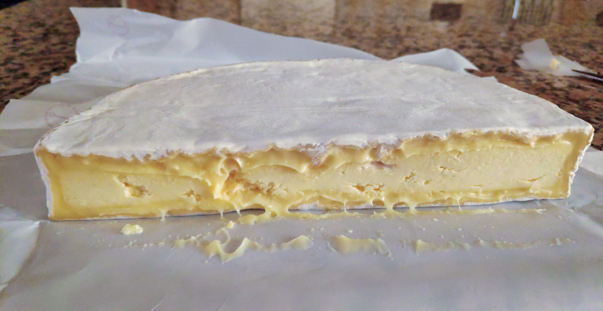 Un queso en homenaje a Celso Emilio Ferreiro