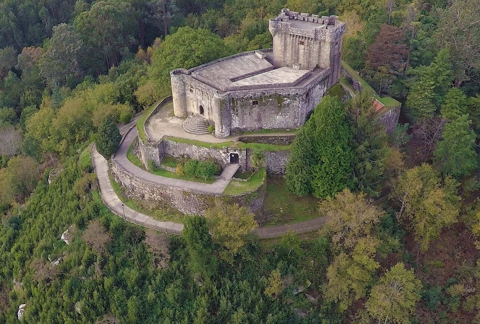 Cerca de 31.000 personas visitaron los castillos de Soutomaior y Sobroso el pasado año