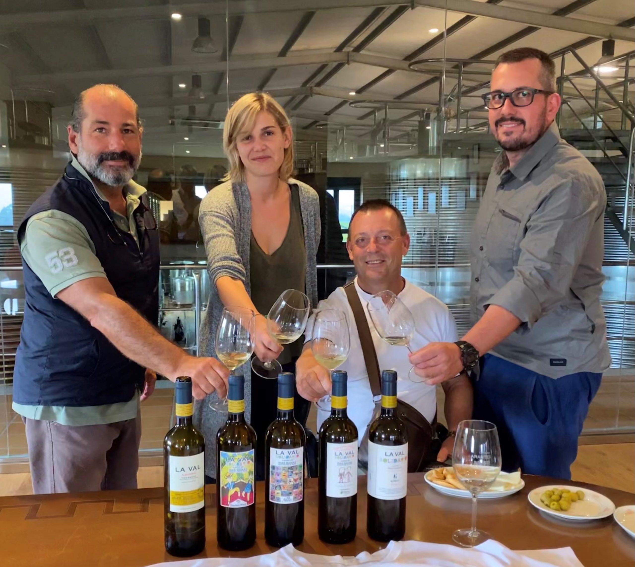Comienza la vendimia del vino más solidario que elabora Bodegas La Val